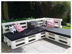 DIY ~ our lounge sofa made of pallets