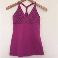 lululemon tops Perfect item pls feel free to offer✅✅✅FYI no pads lululemon athletica Tops