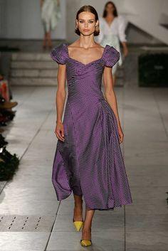 Carolina Herrera Spring 2018 Ready-to-Wear Collection Photos - Vogue