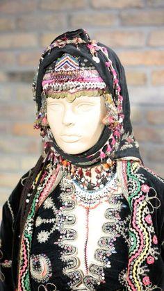 urkmen women,s wedding headdress. This Central Asian Woman ...