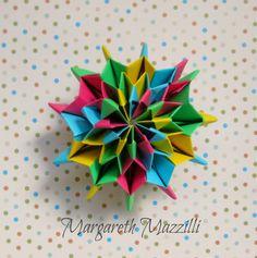 Origami Fireworks Autor: Yami Yamauchi  Instruções de dobra: Jo Nakashima  Execução: Margareth Mazzilli   Agosto/2014