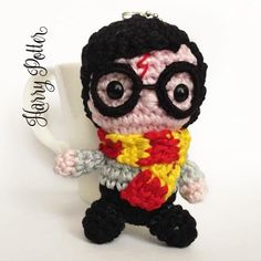 Harry Potter amigurumi bambola portachiavi uncinetto di MrsPoppyAmigurumi su Etsy