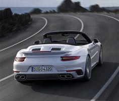 Porsche 911 Turbo et Turbo S 2016.