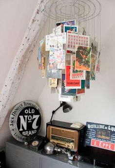 Ideia: cartões postais na decoração do seu quarto — Depois Dos Quinze