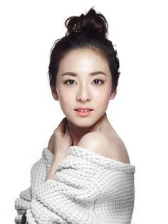 ASK K-POP Dara proves she is an age-defying beauty in her new 'Clio' ad Sandara 2ne1, Sandara Park, Korean Girl, Asian Girl, 2ne1 Dara, Female Stars, Korean Celebrities, Asian Style, Foundation