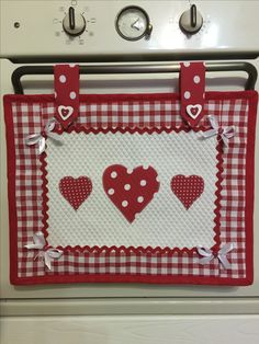 Best 10 how to make cushion covers Hobbies And Crafts, Diy And Crafts, Sewing Crafts, Sewing Projects, Diy Kitchen Projects, Sewing Aprons, Mug Rugs, Hot Pads, Applique Designs