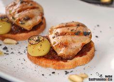 Pechuguita de codorniz con paté de tomate seco y aceituna esférica | Gastronomía & Cía