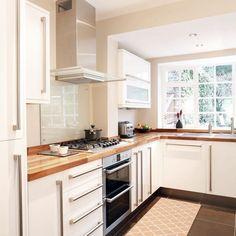 Vysoce odolný kuchyňský koberec Trellis Apricot, 60 x 220 cm Decor, White Kitchen, Interior, French Garden, Kitchen Cabinets, Remodel, Kitchen Lighting, Kitchen Style, Kitchen Design