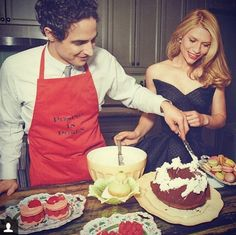 #cookingwithzac and photos of my new home in the @Vogue Magazine #metgala #partyoftheyear special issue!!! Go get it on news stands!! in this photo I'm baking with the wonderful #clairedanes