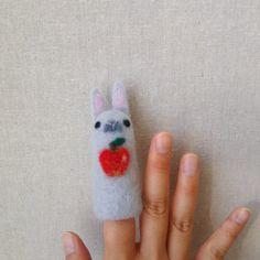 羊毛フェルト教室のお知らせ ~うさぎの指人形~ – machilu