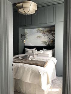 Black Master Bedroom, Dream Bedroom, Home Bedroom, Bedroom Decor, Bedrooms, Condo Living, Apartment Living, Condo Interior, Small Room Design