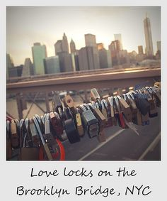 Love padlocks on the Brooklyn Bridge - we saw these just after we got engaged at Brooklyn Heights. They& given me a great idea for the guest & lovelockbridge Brooklyn Bridge New York, Brooklyn Heights, Love Lock Bridge, I Love Ny, Dream City, Concrete Jungle, New York City, Travel Photography, Nyc