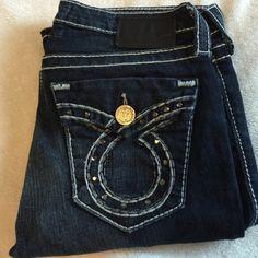 Big star liv bootcut Big star liv bootcut.   Size 27 with a 33 inch inseam. Big Star Jeans Boot Cut
