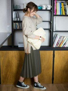 秋冬も大活躍のプリーツスカートをあなたの得意コーデに!プリーツスカートコーデ40選♪ - WOMAGAzine-ウーマガジン-