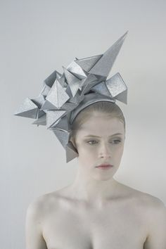 New Hat Fashion Design Wearable Art 67 Ideas Origami Rose, Art Origami, Origami Fashion, Fashion Design Inspiration, Style Inspiration, Kirigami, Pikachu, Geometric Fashion, Crystal Fashion