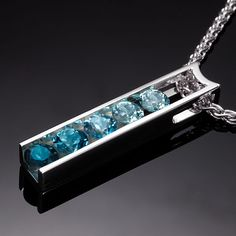 Etsy の blue topaz necklace ombre necklace by VerbenaPlaceJewelry