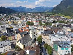 The picturesque Kufstein at the river Inn invites you to visit the fortress and the beautiful old town. Kufstein Fortress: History of Bavaria and Tyrol First do Die Habsburger, Famous Wines, Wine House, Areas Of Life, The Gables, Kaiser, Bavaria, Old Town, First World