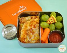 LunchBots Pizza Dippers Bento + Dips Giveaway by Bent On @BetterLunches