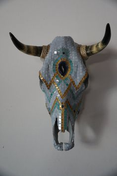Mosaic Steer Skull by BoneheadGlass on Etsy Deer Skull Art, Cow Skull Decor, Deer Skulls, Deer Antlers, Antler Crafts, Antler Art, Painted Animal Skulls, Buffalo Skull, Mosaic Animals