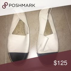 Tory Burch black and white flats Used but great condition Tory Burch Shoes Flats & Loafers