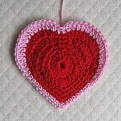 Really cute and looks easy.  Perhaps easy enough for this knitter to get a better handle on crocheting?