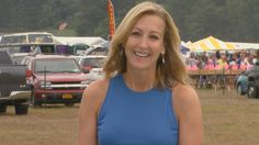 ET went flea market shopping with Lara Spencer, who gave us tips on how to find the best bargains. And she is wearing The Greenwich Belt from Nancy Zylstra/ Swankybelts.