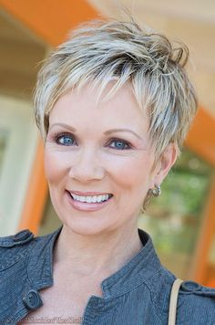 Older Women Pixie Hair Styles