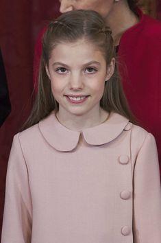 Royal Family News, Spanish Royal Family, Royal Families, Queen Sophia, Princess Sophia, Hollywood Fashion, Royal Fashion, Dresses Kids Girl, Girl Outfits