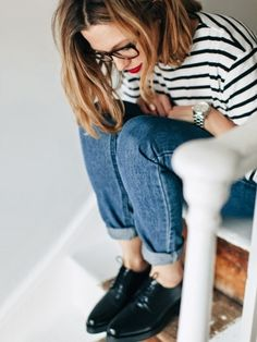 Trendy and cute hipster outfits worth trying this year! Who said the Hipster look wasn't trendy? Check out our hipster outfits guide on how to dress Hipster! Mode Outfits, Fashion Outfits, Womens Fashion, School Outfits, Fashion Shirts, Fashion Clothes, Fashion Boots, Mode Style, Style Me