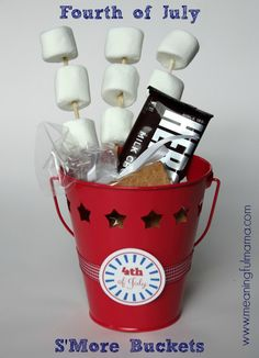 S'More Buckets for Fourth of July - free printable included - Meaningful Mama