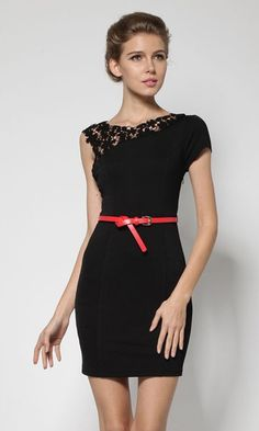 Black Patchwork Hollow-out Lace Shoulder Wrap Cotton Dress