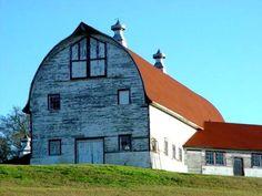 Old dairy barn on Buhlow lake, Pineville, La