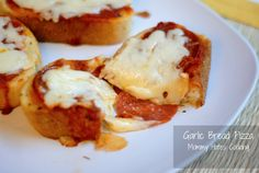 Garlic Bread Pizza- Takes less than 10 minutes total from start to finish including bake time!