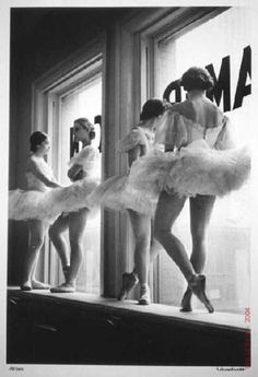 Dancers at the Balanchine School of the American Ballet Theatre, New York City, 1936,  by Alfred Eisenstaedt.