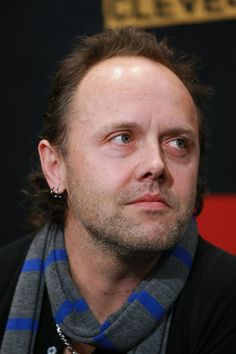 http://www1.pictures.gi.zimbio.com/Lars+Ulrich+Rock+Hall+Fame+Announces+2009+i8mdu4JdqBOl.jpg