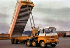 Get the best plus size photos, videos and apparel Dump Trucks, New Trucks, Classic Trucks, Classic Cars, Old Lorries, Heavy Duty Trucks, Trucks And Girls, Volvo Trucks, Commercial Vehicle