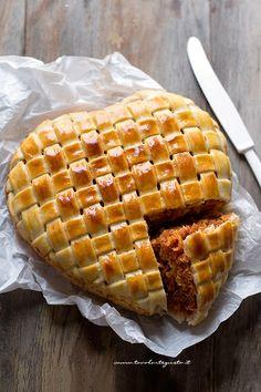 Tagliatelle in crosta intrecciata (Timballo di pasta originale e semplice)