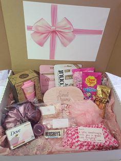16th Birthday Gifts For Girls, Creative Birthday Gifts, Bff Birthday Gift, Birthday Gifts For Best Friend, Diy Birthday Hamper, Birthday Gift Baskets, Personalised Gifts Diy, Pamper Hamper, Gift Hampers