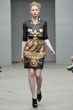 #marykatrantzou #fashion #designers #prints #london
