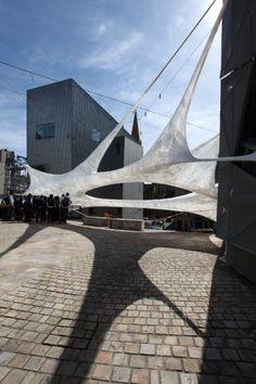 puente que material - interesante la forma y sombra que genera