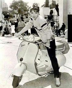 Elsa Martinelli - 1950