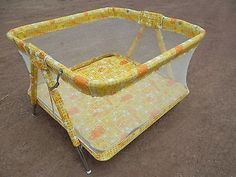Playpen Antique Vintage Retro Welsh Mesh Crib Baby Child Infant Old Yellow. I remember my sister being in one of these! Thanks For The Memories, Sweet Memories, Vintage Toys, Retro Vintage, Vintage Cat, Nostalgia, Childhood Days, Playpen, Thats The Way