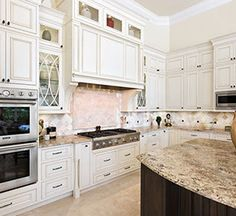 notice the #valance on the base cabinets - furniture details are
