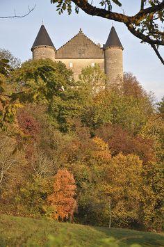 Le château de Montvéran à Culoz - Ain, Rhône-Alpes, France
