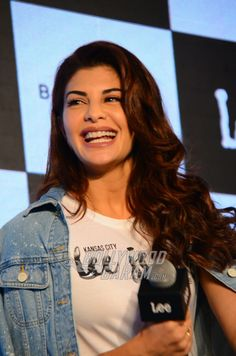 Jacqueline launches latest collection of LEE denims, 'Woman Body Optix' specially crafted for the Indian woman's body Indian Bollywood Actress, Indian Actress Hot Pics, Beautiful Bollywood Actress, Most Beautiful Indian Actress, Indian Actresses, Jacquline Fernandez, Jennifer Winget Beyhadh, Net Lehenga, Cute Love Couple