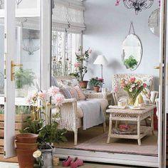 Deco Ruang Tamu English Style Home
