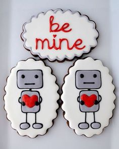 usually i dislike Valentines Day immensely, but i could make an exception for these robot cookies