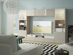 Uma aliado na arrumação e a principal zona de atração da sala. Tv Wall Design, Tv Unit Design, Ikea Portugal, Ikea Tv, Living Room Tv, Corner Desk, Home Improvement, Bed, Furniture