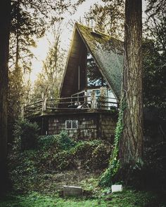 A-frames we love: 23 cabins you wish you owned - Curbed A Frame Cabin, A Frame House, Rustic Design, Rustic Style, Barn Parties, Rustic Chandelier, Country Style Homes, Cabins In The Woods, Cottage In The Woods