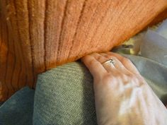 d i y d e s i g n: How to Re-Upholster a Sofa